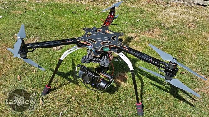 03 F550 Y6 Tricopter